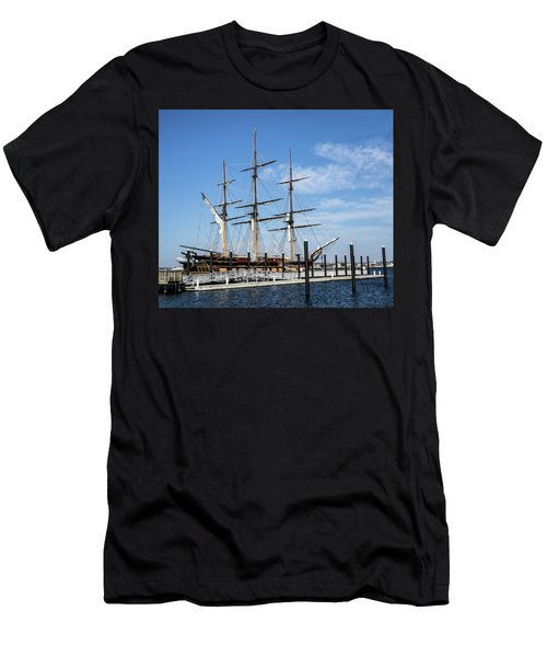 Ssv Oliver Hazard Perry Men's T-Shirt (Athletic Fit)