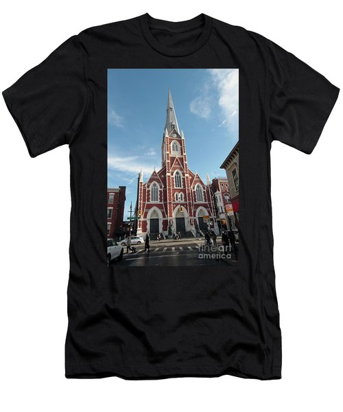 St Anthony Of Padua Church Men's T-Shirt (Athletic Fit)