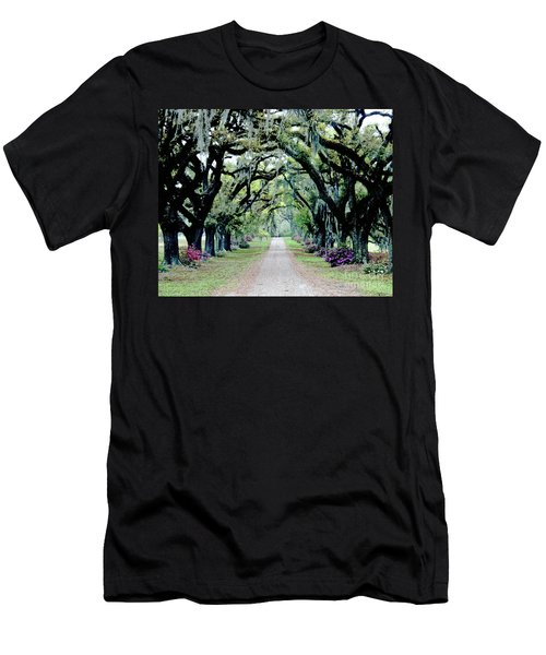 St Francisville Plantation Men's T-Shirt (Slim Fit) by Lizi Beard-Ward