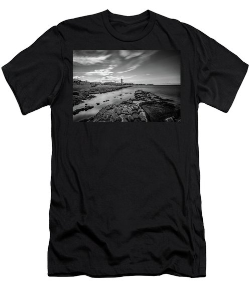 St. Julian's Bay View Men's T-Shirt (Athletic Fit)