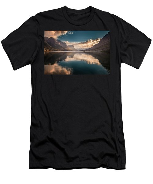 St Mary Lake Sunset Men's T-Shirt (Athletic Fit)