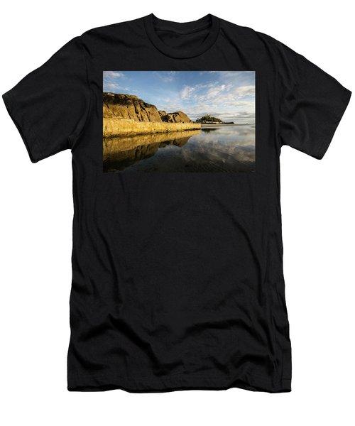 St Michaels Mount Cornwall  Men's T-Shirt (Slim Fit) by Ken Brannen