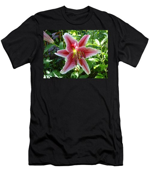 Stargazer Lily Men's T-Shirt (Athletic Fit)