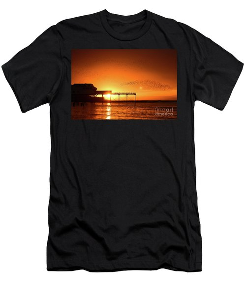 Starlings At Sunset Over Aberystwyth Pier Men's T-Shirt (Athletic Fit)