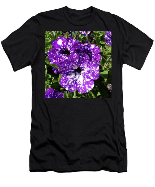 Starry Petunias... Men's T-Shirt (Athletic Fit)