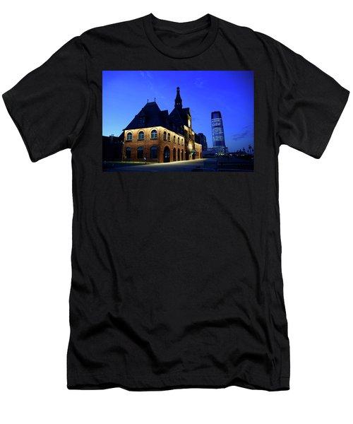 Station House Men's T-Shirt (Athletic Fit)