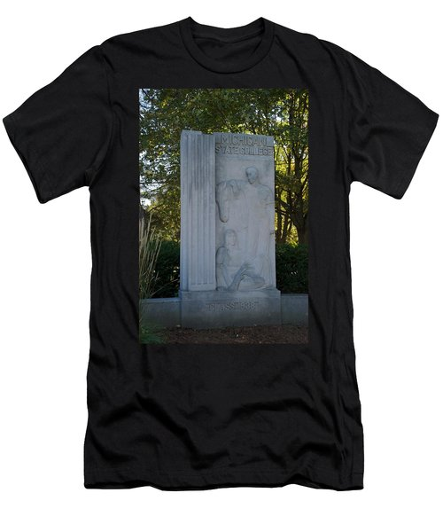 Statue Men's T-Shirt (Athletic Fit)