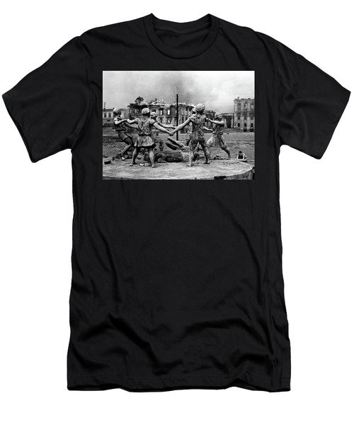 Statue Of Children After Nazi Airstrikes Center Of Stalingrad 1942 Men's T-Shirt (Athletic Fit)