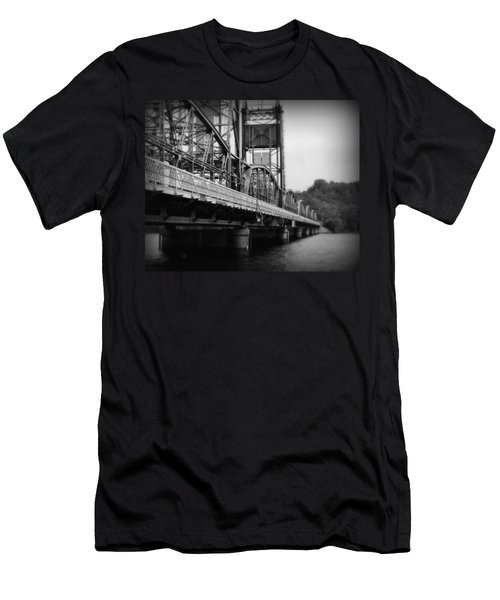 Stillwater Bridge  Men's T-Shirt (Athletic Fit)