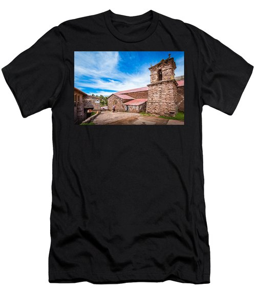 Stone Buildings Men's T-Shirt (Athletic Fit)
