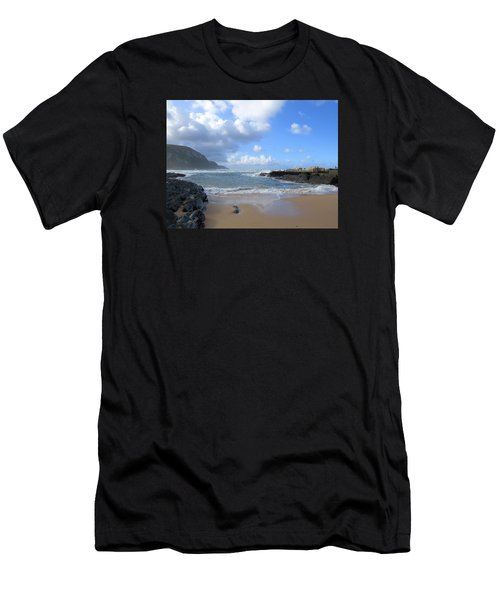 Storm River Beach Men's T-Shirt (Athletic Fit)
