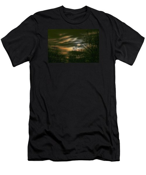 Storm Rollin' In Men's T-Shirt (Athletic Fit)