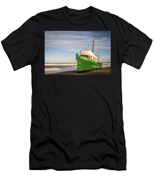 Stranded On The Beach Men's T-Shirt (Athletic Fit)
