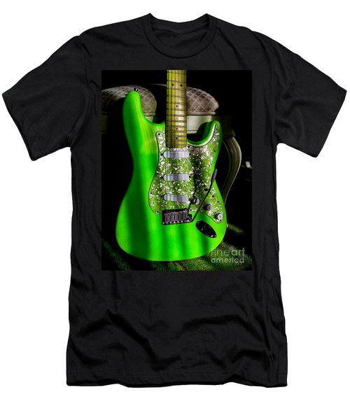 Stratocaster Plus In Green Men's T-Shirt (Athletic Fit)