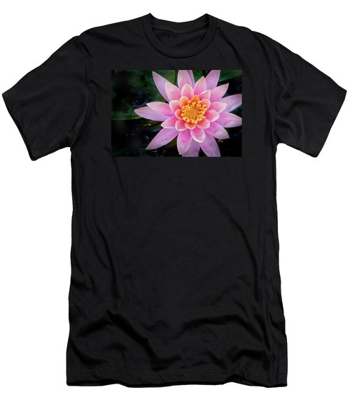 Stunning Water Lily Men's T-Shirt (Athletic Fit)