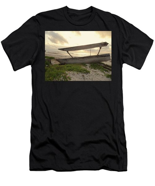 Sun Rays And Wooden Dhows Men's T-Shirt (Athletic Fit)
