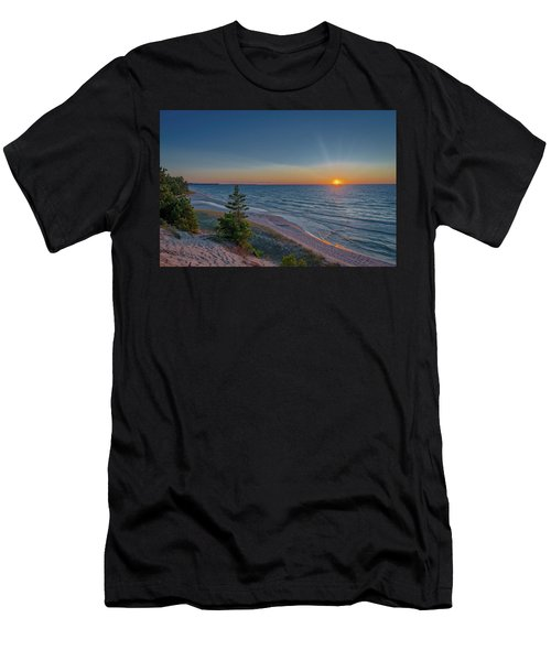 Sundown At Beaver Creek Men's T-Shirt (Athletic Fit)