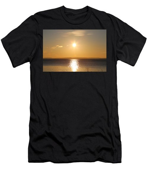 Sunny Day By The Oslo Fjords.  Men's T-Shirt (Athletic Fit)