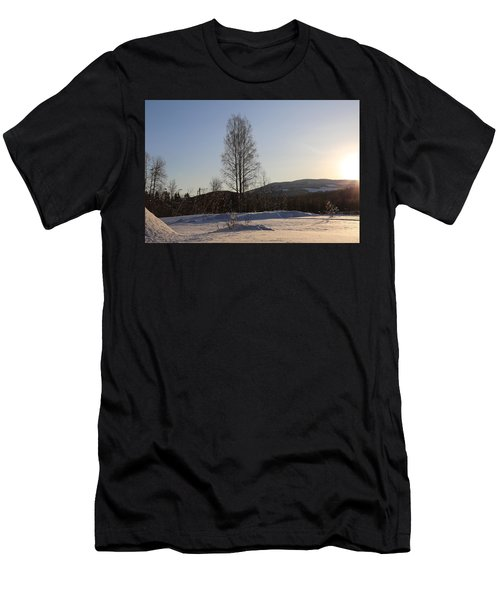 Sunny Day In Norway.  Men's T-Shirt (Athletic Fit)