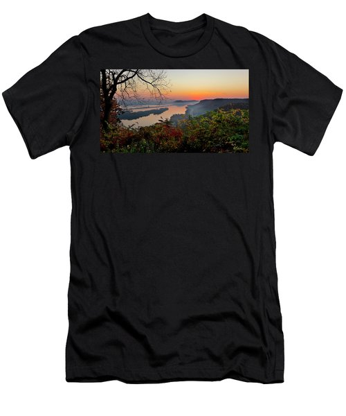 Sunrise At Homer, Mn Men's T-Shirt (Athletic Fit)
