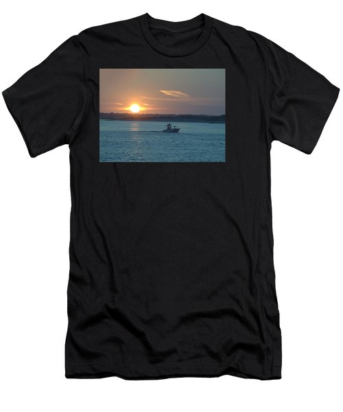 Sunrise Bassing Men's T-Shirt (Athletic Fit)