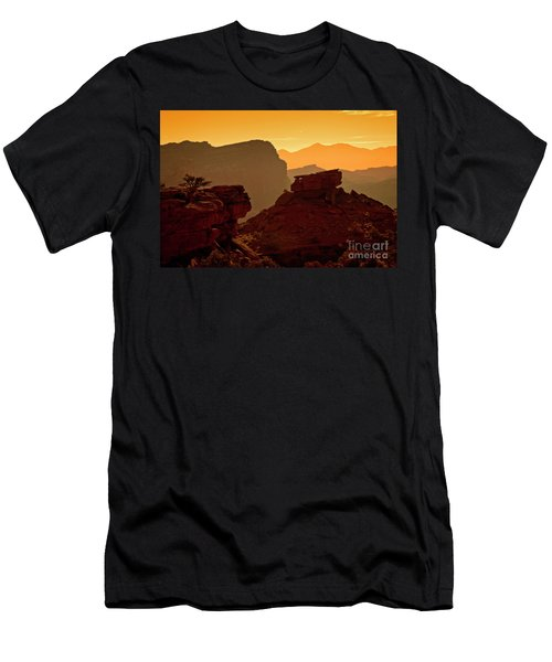 Capital Reef Sunrise Men's T-Shirt (Athletic Fit)