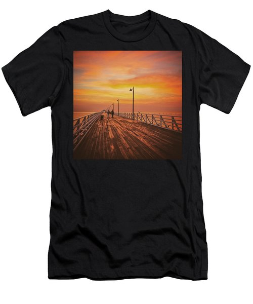 Sunrise Lovers Men's T-Shirt (Athletic Fit)