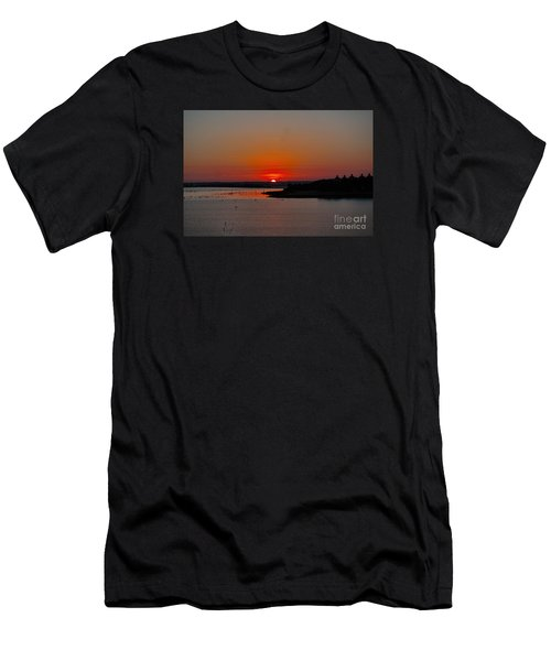 Sunrise On Lake Ray Hubbard Men's T-Shirt (Athletic Fit)