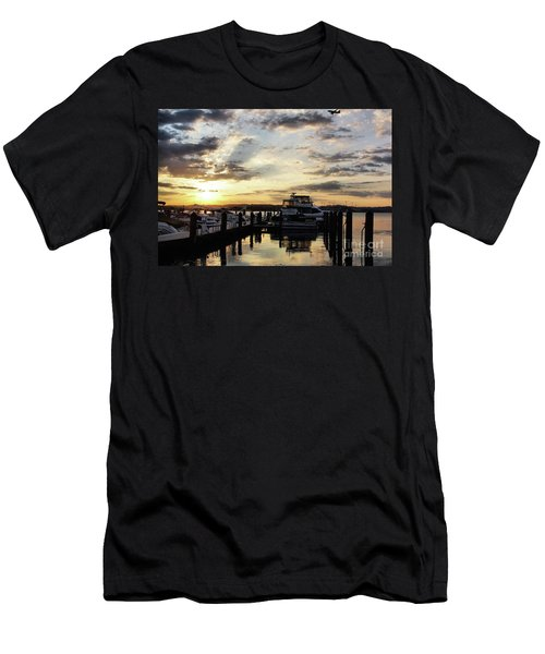 Sunrise On The Alexandria Waterfront Men's T-Shirt (Athletic Fit)