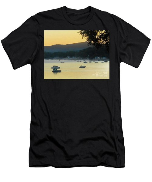 Sunrise Over Malletts Bay Panorama - Nine V2 Detail Men's T-Shirt (Athletic Fit)