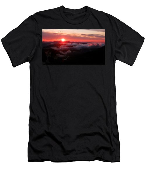 Sunrise Over Wyvis Men's T-Shirt (Athletic Fit)