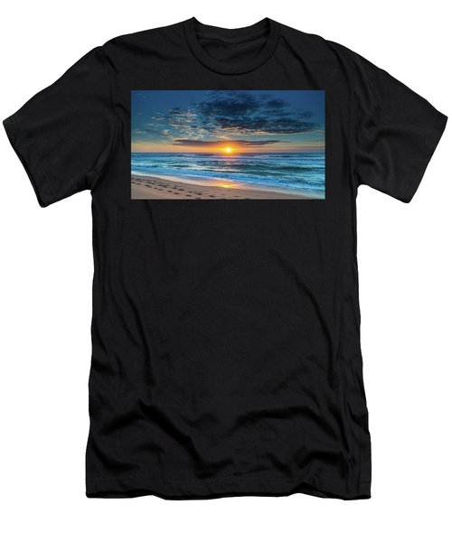 Sunrise Seascape With Footprints In The Sand Men's T-Shirt (Athletic Fit)