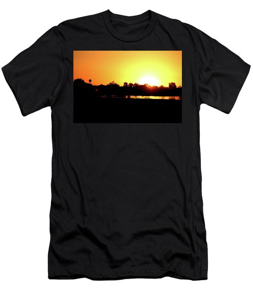 Sunrise Water Tower Men's T-Shirt (Athletic Fit)