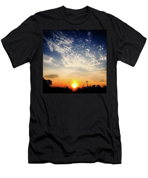 Sunset 25 May 16 Men's T-Shirt (Athletic Fit)