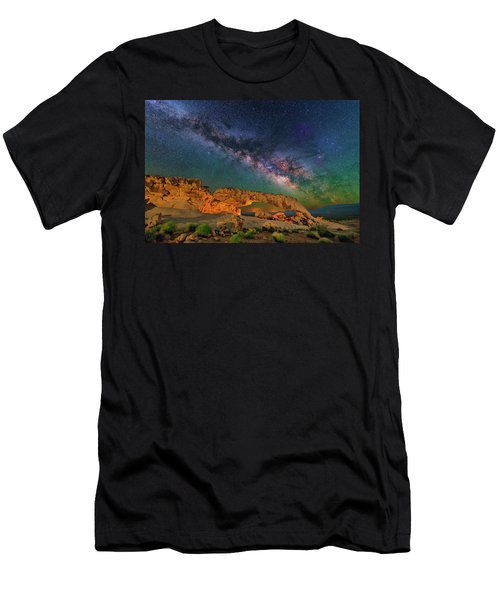 Sunset Arch Men's T-Shirt (Athletic Fit)