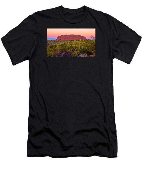 Sunset At Ayers Rock Men's T-Shirt (Athletic Fit)