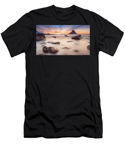 Sunset At Bleik Men's T-Shirt (Athletic Fit)