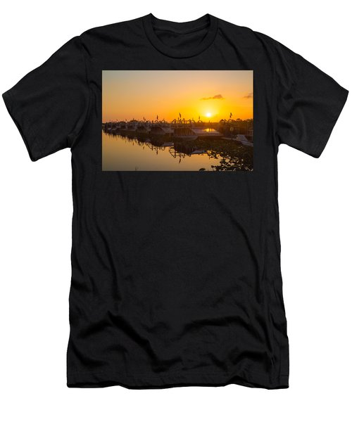 Sunset At Everglades Holiday Park Men's T-Shirt (Athletic Fit)