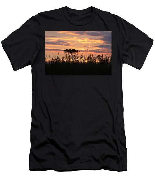 Men's T-Shirt (Athletic Fit) featuring the photograph Sunset At Ocean City by Vadim Levin