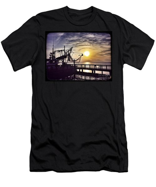 Sunset At Snoopy's Men's T-Shirt (Athletic Fit)