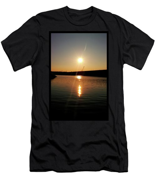 Sunset At Wolf Creek Dam Men's T-Shirt (Athletic Fit)