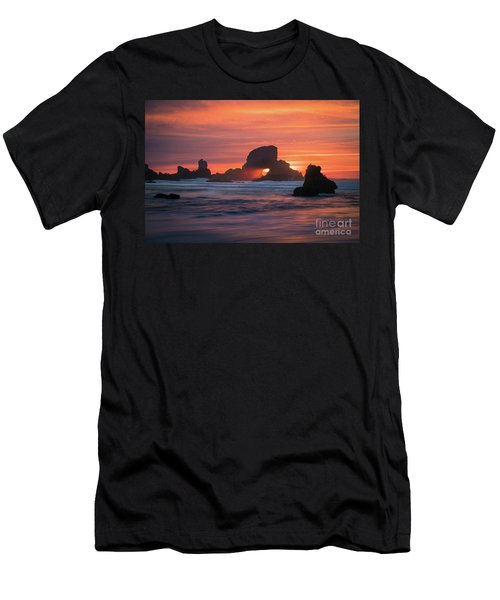 Sunset Behind Arch At Oregon Coast Usa Men's T-Shirt (Athletic Fit)