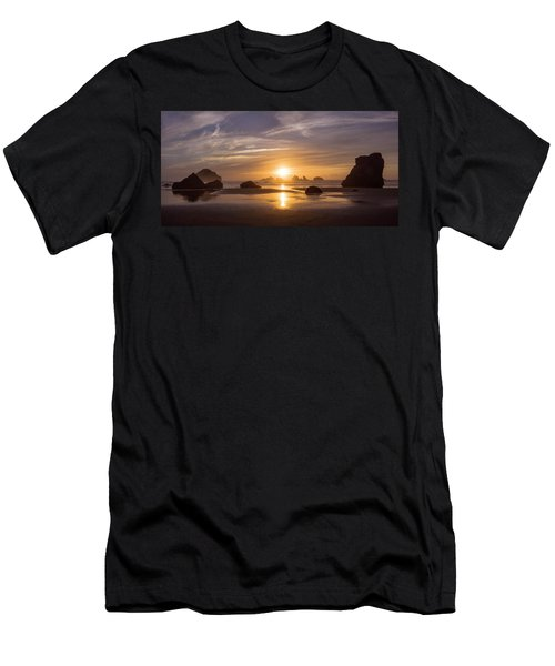 Sunset On Bandon Beach Men's T-Shirt (Athletic Fit)