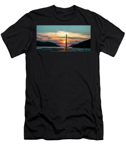 Sunset On The Bridge Men's T-Shirt (Slim Fit) by Hyuntae Kim