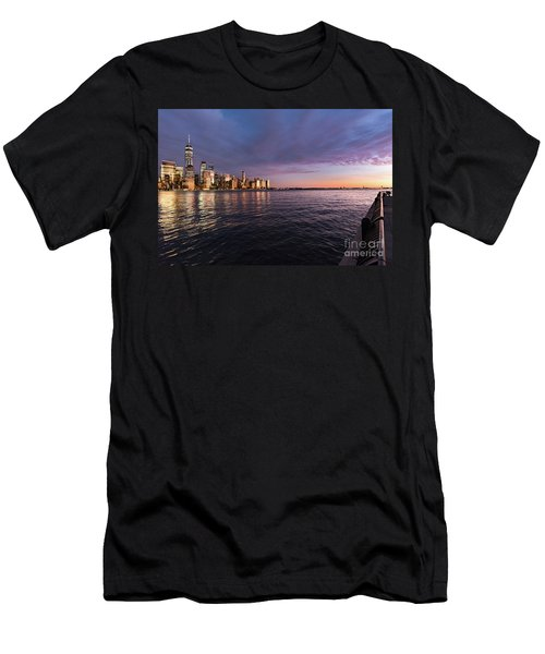 Sunset On The Hudson River Men's T-Shirt (Athletic Fit)