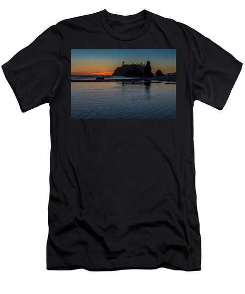 Sunset On The Oregon Coast Men's T-Shirt (Athletic Fit)