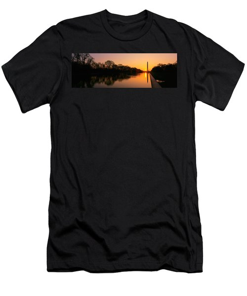 Sunset On The Washington Monument & Men's T-Shirt (Slim Fit) by Panoramic Images