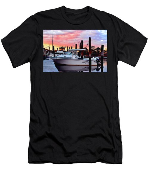 Sunset On The Water Men's T-Shirt (Athletic Fit)