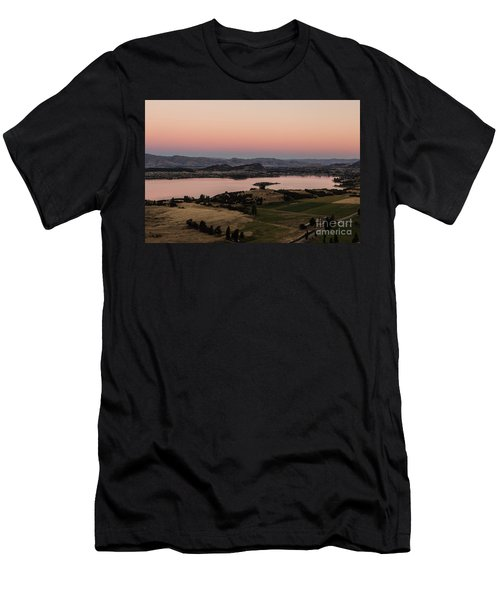 Sunset Over Lake Wanaka In New Zealand Men's T-Shirt (Athletic Fit)