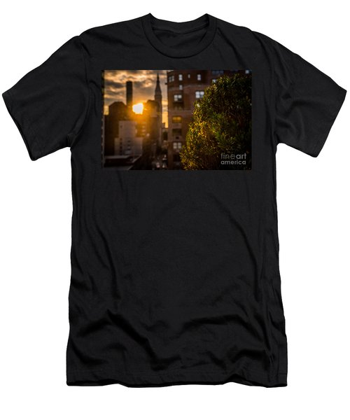 Sunset Over Manhattan New York City Men's T-Shirt (Athletic Fit)